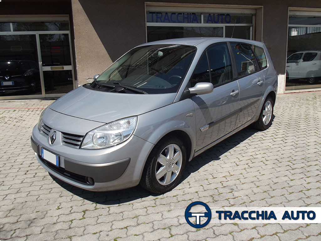 tracchia auto renault grand scenic 7 posti 1 9 dci 120cv luxe. Black Bedroom Furniture Sets. Home Design Ideas